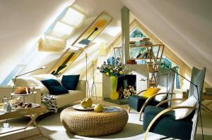 Wertvoller Wohnraum unterm Dach bleibt angenehm kühl, wenn er gut wärmegedämmt ist.  Foto: djd/Paul Bauder